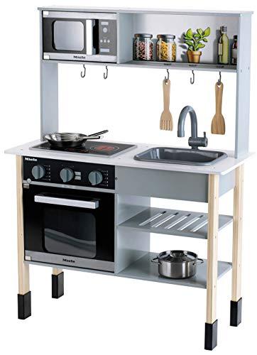 Theo Klein 7199 Cocina Miele, Cocina blanca de madera que incluye placa de cocción con luz y sonido, Medidas: 70 cm x 30 cm x 91 cm, Elegantes accesorios de cocina de acero inoxidable y madera